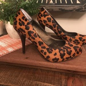 Banana Republic MADMEN series cheetah pumps